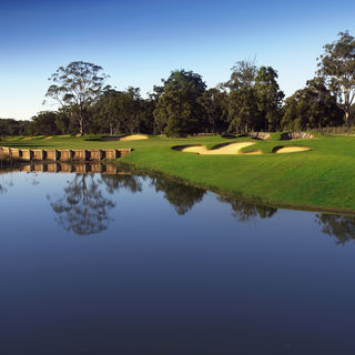 Kooindah waters golf club cover picture