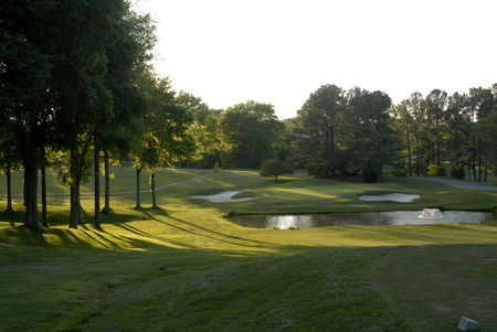 Overview of golf course named Clarksville Country Club