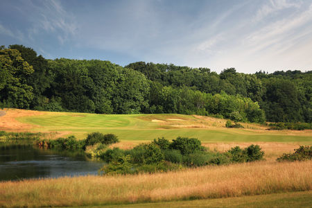 London golf club cover picture