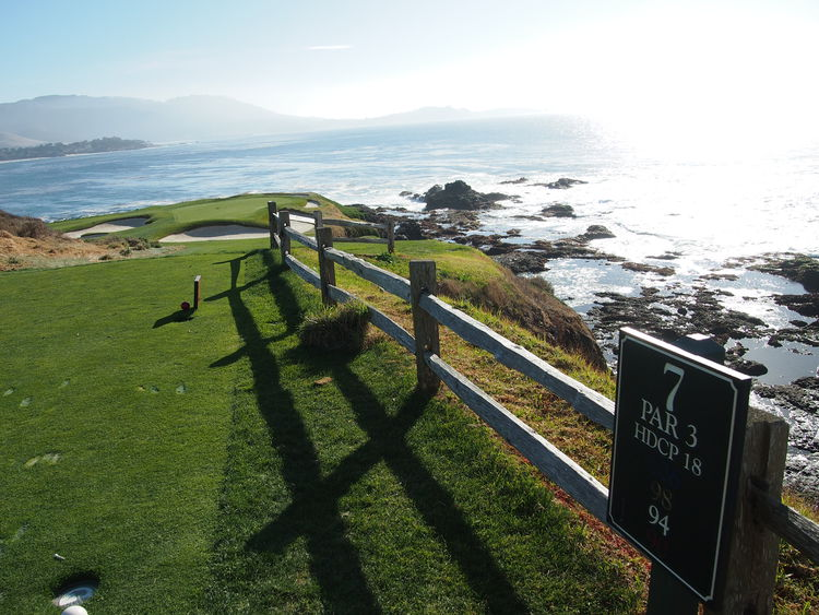 Pebble beach golf links cover picture