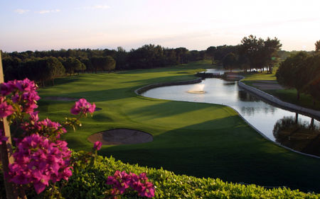 National golf club cover picture