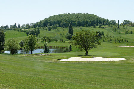 Villeneuve sur lot golf and country club cover picture