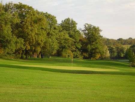 Golf de Moulins Les Avenelles Cover Picture