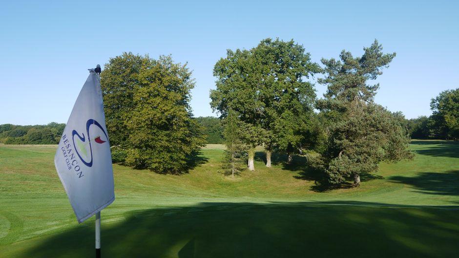 golf de besancon golf course all square golf. Black Bedroom Furniture Sets. Home Design Ideas
