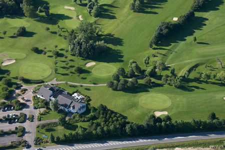 Overview of golf course named Golf de Lery-Poses