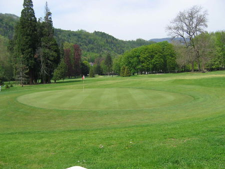 Golf Club Uriage Cover Picture