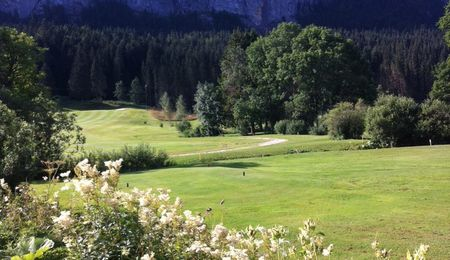 Overview of golf course named Golf de La Valserine