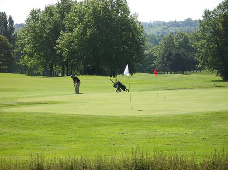 Overview of golf course named Golf de Castres-Gourjade