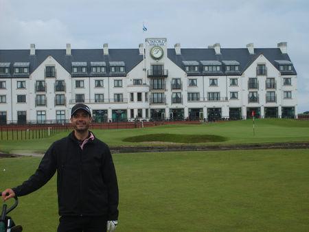 Profile cover of golfer named Stephane