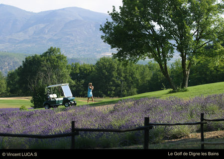 Digne La Lavande Golf Club Cover Picture