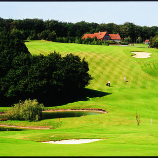 Aa saint omer golf club cover picture