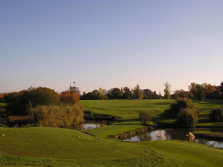 Golf club la bruyere cover picture