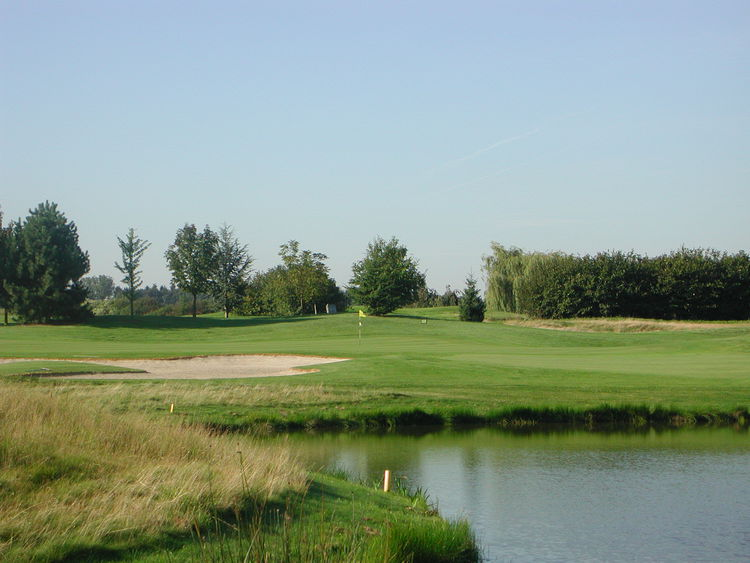 Rigenee golf course cover picture
