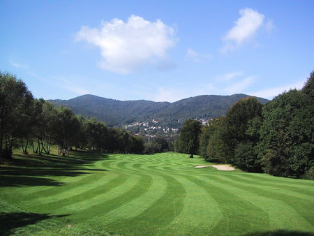 Overview of golf course named Lanzo Golf Club