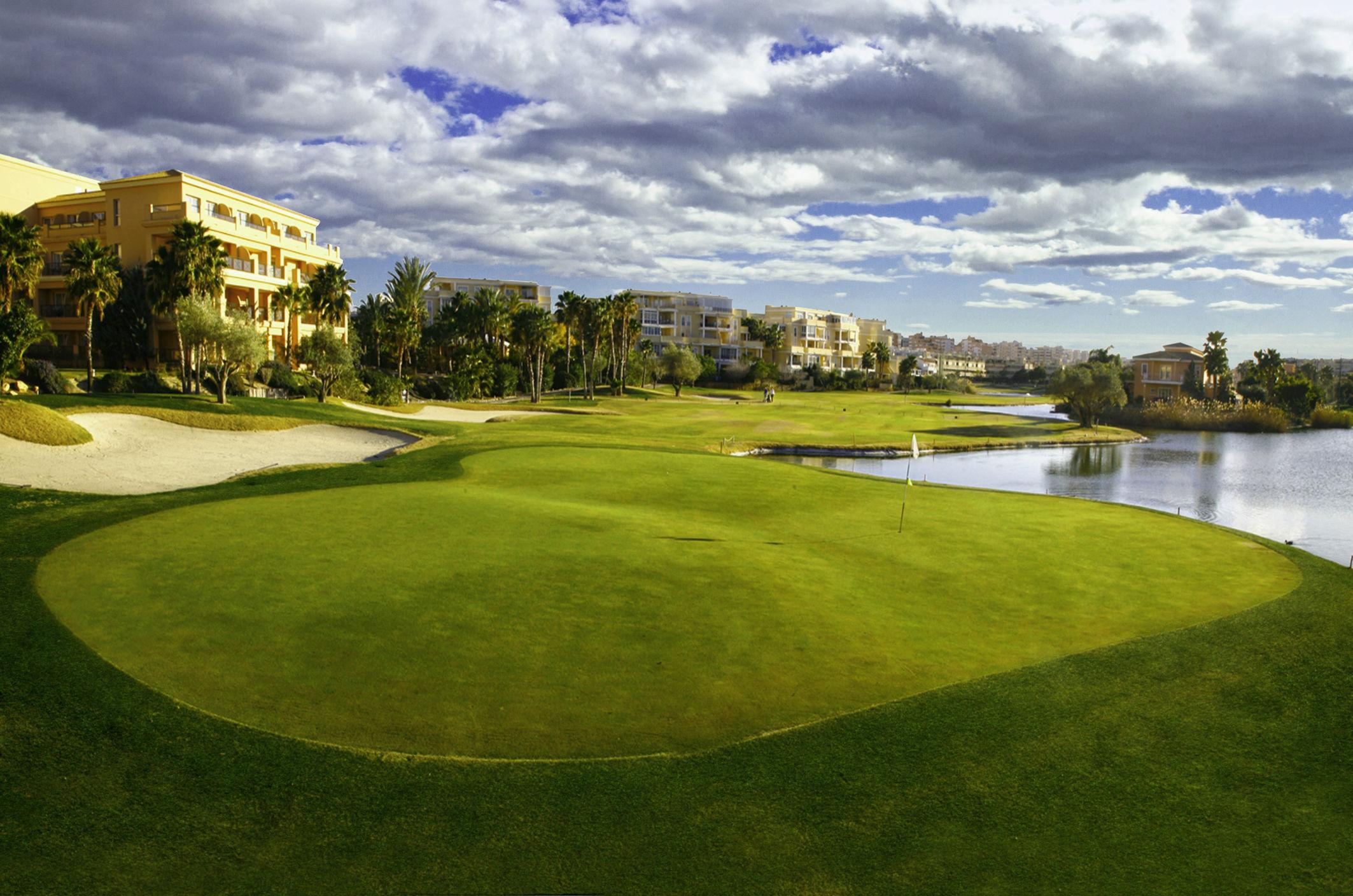 Alicante golf cover picture
