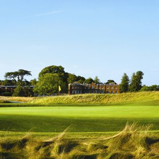 The grove golf club cover picture