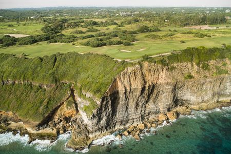 Overview of golf course named Royal Isabela