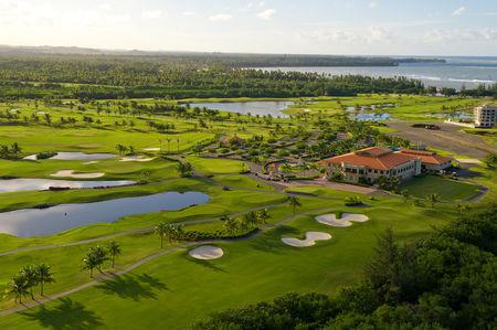 Trump international golf club cover picture