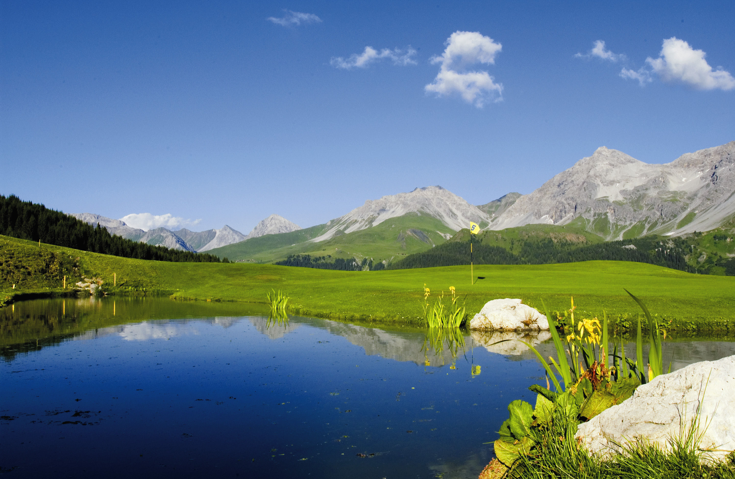 Arosa golf club cover picture