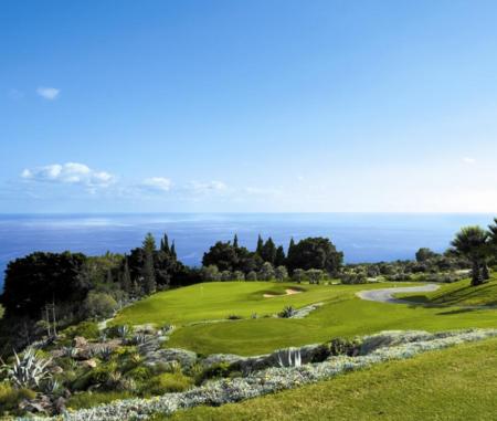 Tecina golf cover picture