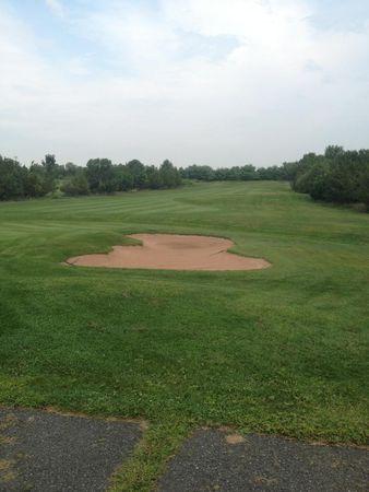 Raritan Landing Golf Course Cover