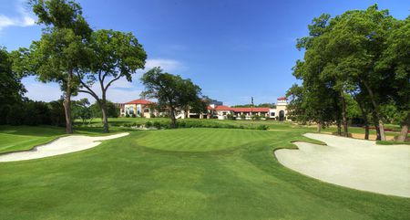 Overview of golf course named Royal Oaks Country Club