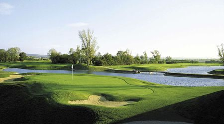 Overview of golf course named Diamond Country Club