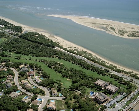 Overview of golf course named Golf Nuevo Portil