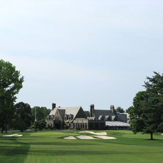 Winged foot golf club cover picture