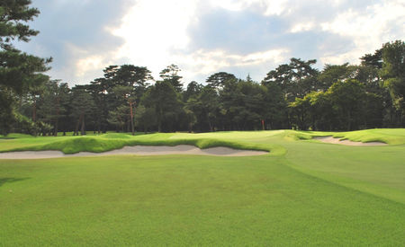 Overview of golf course named Tokyo Golf Club