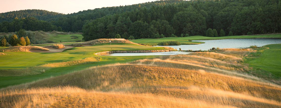 Winston golf cover picture