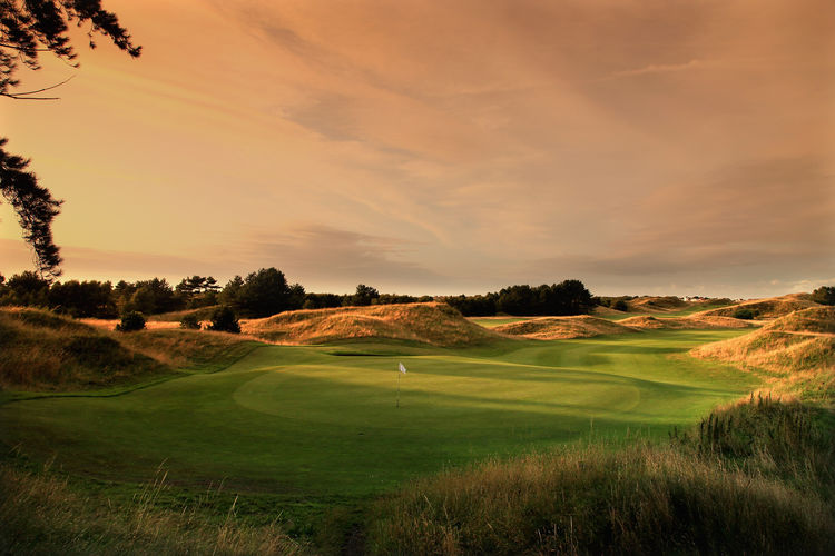 Hillside golf club cover picture