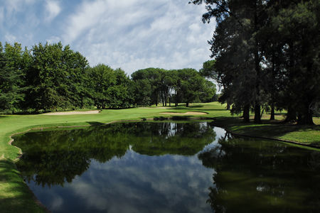 Overview of golf course named Olivos Golf Club