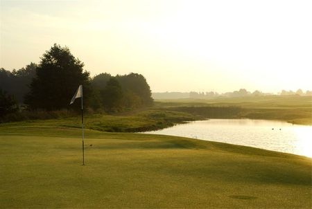 Elisefarm golf club cover picture