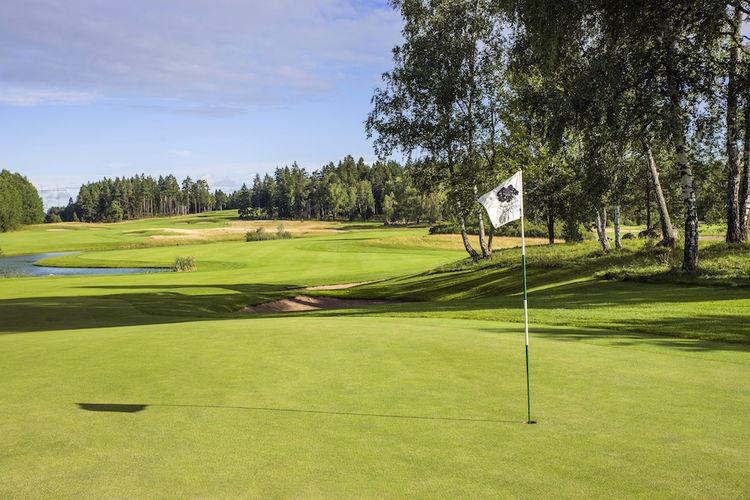 Svartinge golf club cover picture