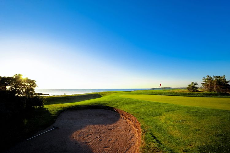 Gronhogen golf links and cc cover picture