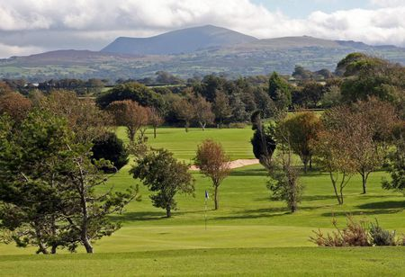 Caernarfon golf club picture