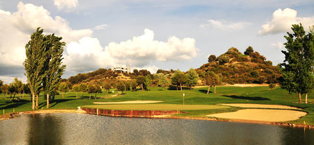 Raimat golf club cover picture
