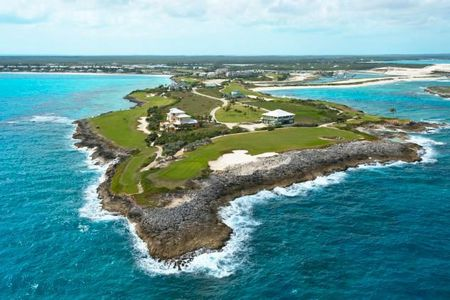 Sandals Emerald Reef Golf Club Cover Picture