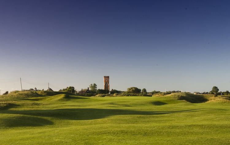 Littlestone golf club cover picture