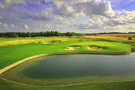 Overview of golf course named Centurion Club