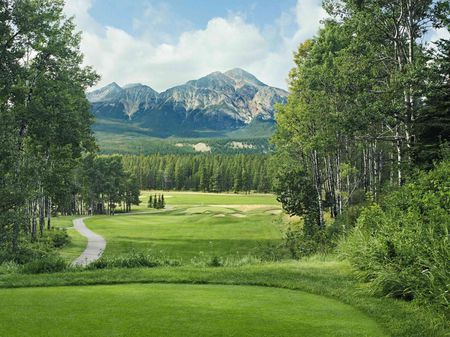 Overview of golf course named Jasper Park Lodge Golf Course