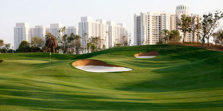 Overview of golf course named Dlf Golf and Country Club