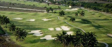 Tres vidas golf club cover picture