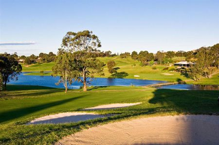 Campbell Town Golf Club Cover
