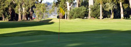 Overview of golf course named Devonport Golf Club