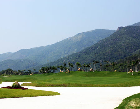 Overview of golf course named Diamond Bay Golf Course