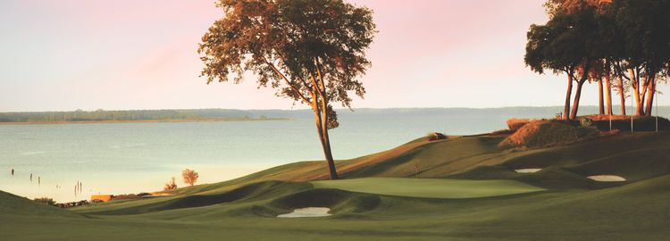 The river golf course at kingsmill cover picture