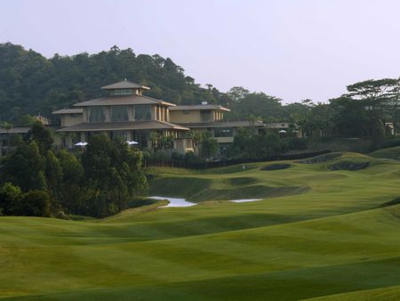 Pete dye course at mission hills shenzhen cover picture