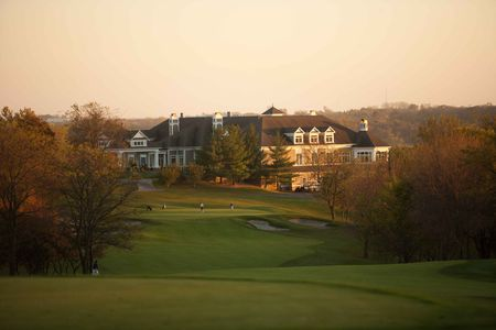 Overview of golf course named Glen Oaks Country Club